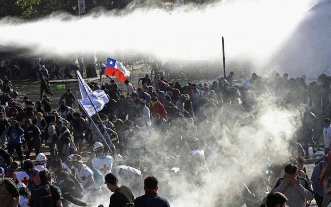 A capital do Chile, Santiago, registrou mais um dia de protestos