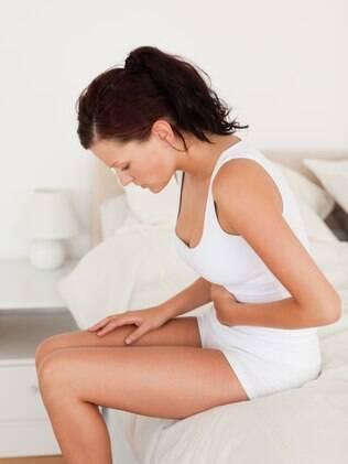 Problemas gastrointestinais atrapalham a vida da mulher na cama