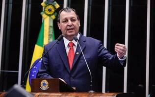 SenadorOmar Aziz é alvo de operação da PF contra corrupção no Amazonas