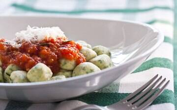 Várias ideias de pratos e acompanhamentos deliciosos feitos com legumes e verduras