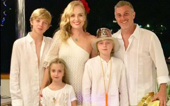 Família de Angélica e Luciano Huck