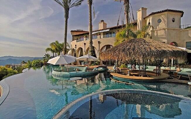 Mansão de Chris Bosh, localizada em Pacific Palisades, Califórnia (EUA)