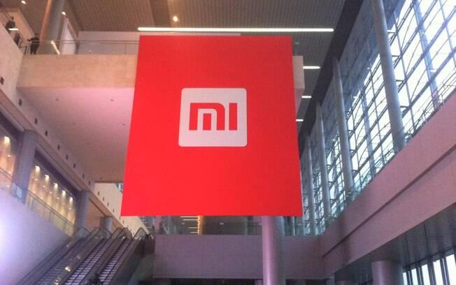 Xiaomi desenvolve celular com tela removível