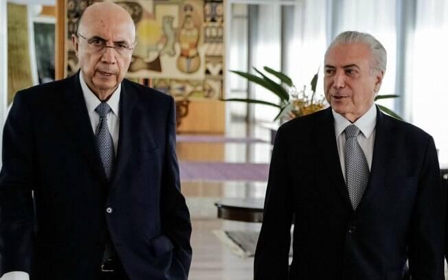 Ministro da Fazenda, Henrique Meirelles, com o presidente Michel Temer durante evento matinal em Brasília