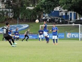 Cruzeiro sofreu o gol da derrota em lance de bola parada cobrado pelo Corinthians