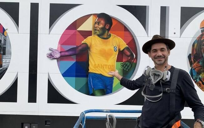 Eduardo Kobra homenageia Pelé