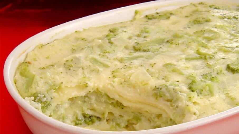Está cansado das receitas tradicionais de lasanha? Prepare uma opção diferente usando um vegetal delicioso!