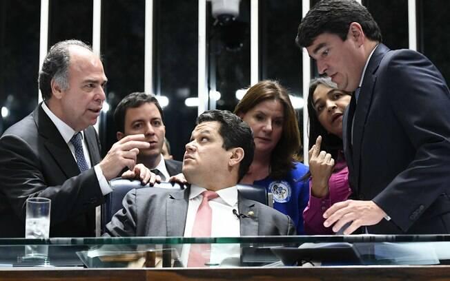 Davi Alcolumbre com senadores
