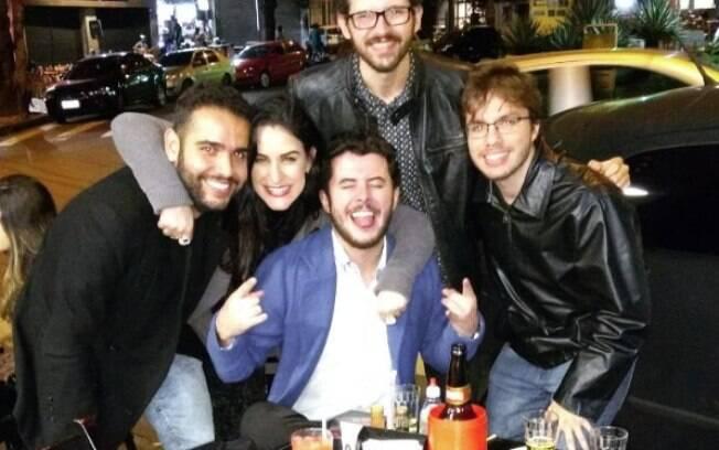 Noiva Mariana Nunes Pascoal e os 'seus meninos'