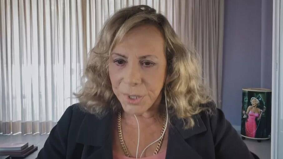 Arlete Salles relembra preconceito por namorar Tony Tornado