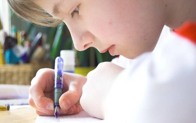 Incentive seu filho a entender o conteúdo e não a apenas decorar fórmulas