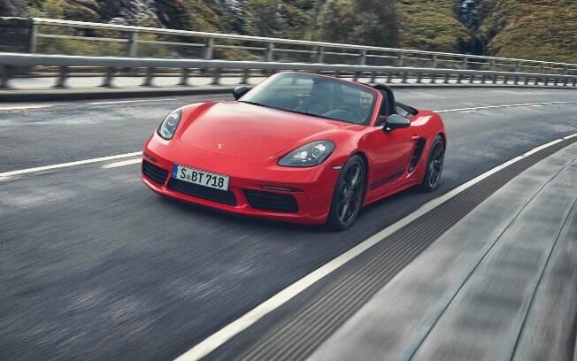 Porsche 718T tem o novo motor 2.0 turbo, de quatro cilindros e 300 cv como principal novidade