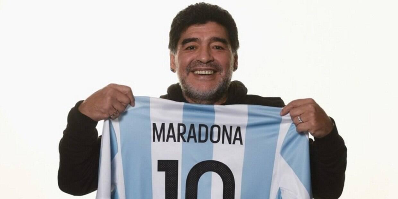 Ídolo do futebol teve parada cardíaca aos 60 anos