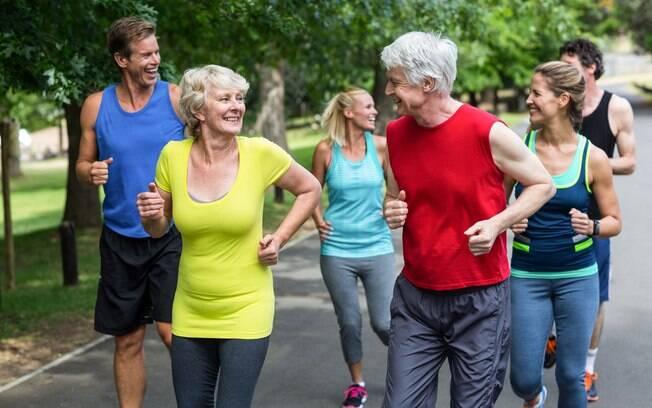 Exercício físico pode desacelerar processo de envelhecimento celular, segundo pesquisa