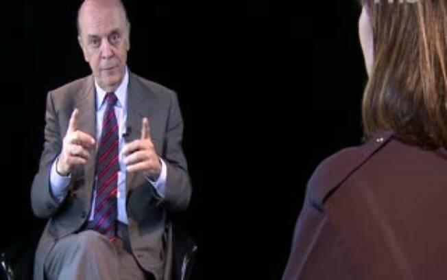 Senador José Serra participa de entrevista no estúdio do iG (Arquivo)