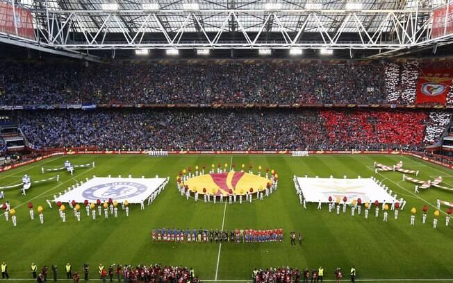 A apresentação dos finalistas da Liga Europa  na Amsterdam Arena