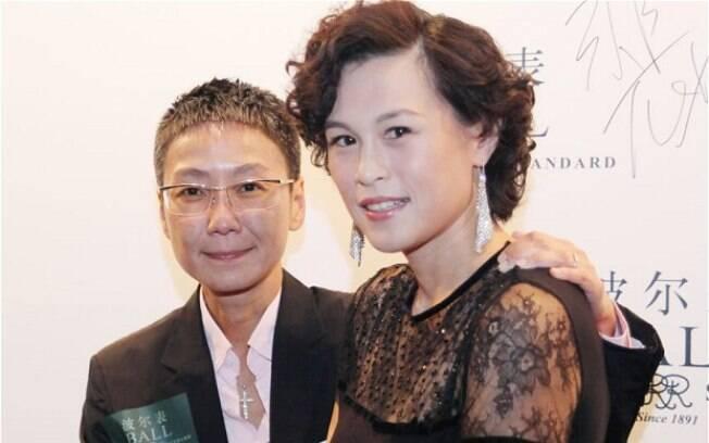 Gigi Chao (à direita)com a esposa Sean Eav