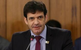 PSL não declara gastos com laranja e Justiça cobra ministro do Turismo