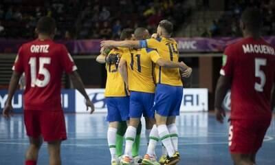 Brasil vence Japão e vai às quartas da Copa do Mundo de Futsal