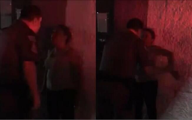 Два кадра полиции приближаются к женщине