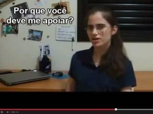 Vídeo em que Bárbara pede ajuda no Estudar Fora