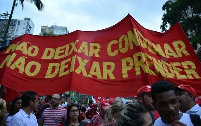 Manifestação contra condenação de Lula em São Paulo