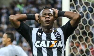 Cazares é 'rebaixado' e não será usado por Sampaoli no Atlético-MG