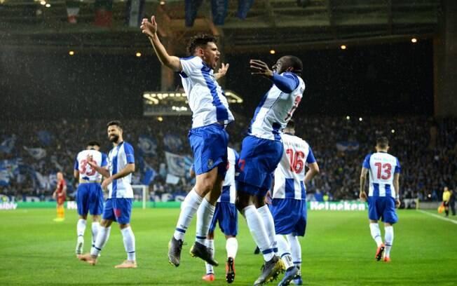 Porto venceu a Roma por 3 a 1 e está nas quartas de final da Liga dos Campeões
