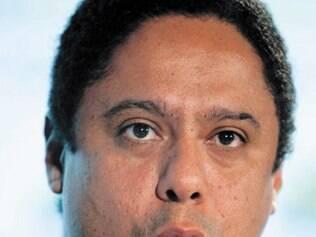 Ex-ministro do esporte desmente ter sofrido AVC