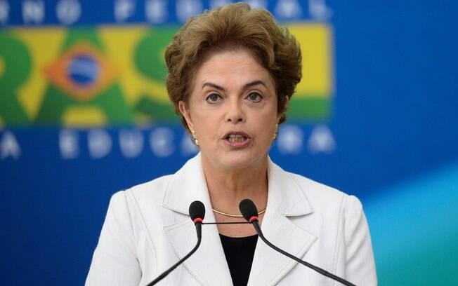 Em discurso no RS nesta segunda-feira (7), Dilma reforçou sua indignação com a Polícia Federal
