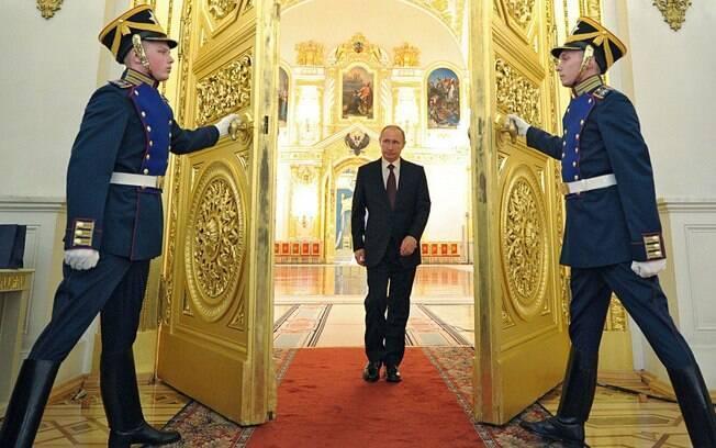 Vladimir Putin disse que ninguém ouviu a Rússia, mas que o país é uma potência nuclear; 'então nos ouça agora'