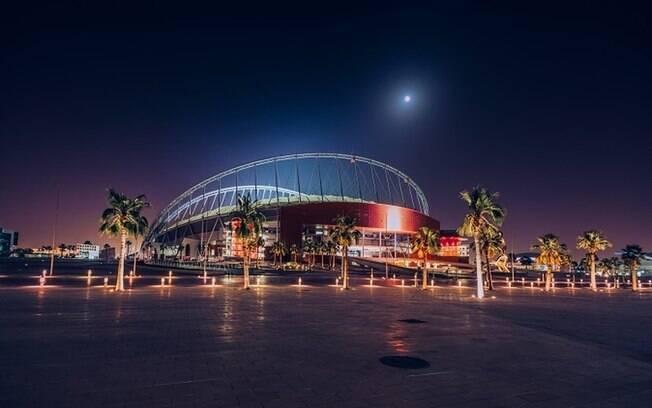 O Khalifa Stadium Catar, um dos estádios construídos para a próxima Copa do Mundo