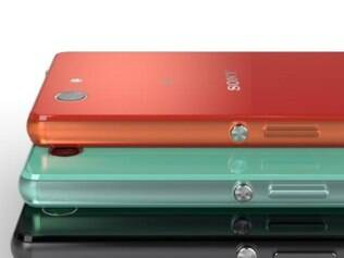Sony aposta em smartphones coloridos para seu novo portfólio