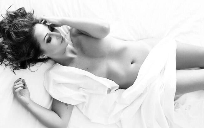 Muitas mulheres têm vontade de fazer um ensaio sensual, mas ainda há muitas dúvidas sobre como eles são feitos