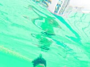 Alexandre Fraiha aproveitou a sexta para nadar no Minas Tênis