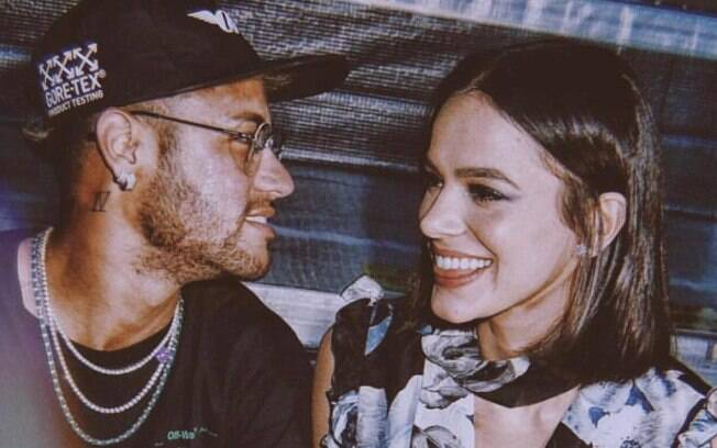 Bruna Marquezine desabafa sobre fim de relacionamento com Neymar