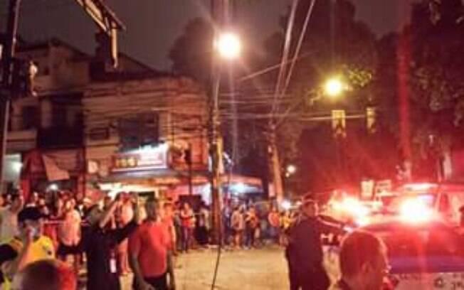 Grande explosão em restaurante deixa vítimas soterradas no Rio de Janeiro . Foto: Reprodução Twitter @Rafaell63006809