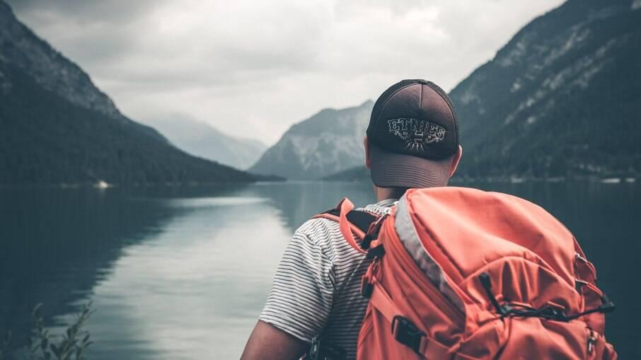 O desejo de viajar supera a vontade de encontrar o verdadeiro amor, diz pesquisa