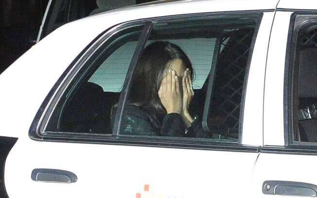 Kim Kardashian não prestou queixa e a mulher que a atacou foi liberada em seguida