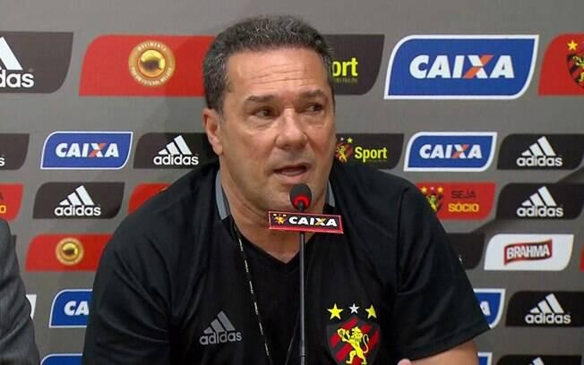 Vanderlei Luxemburgo trabalhou no Sport em 2017