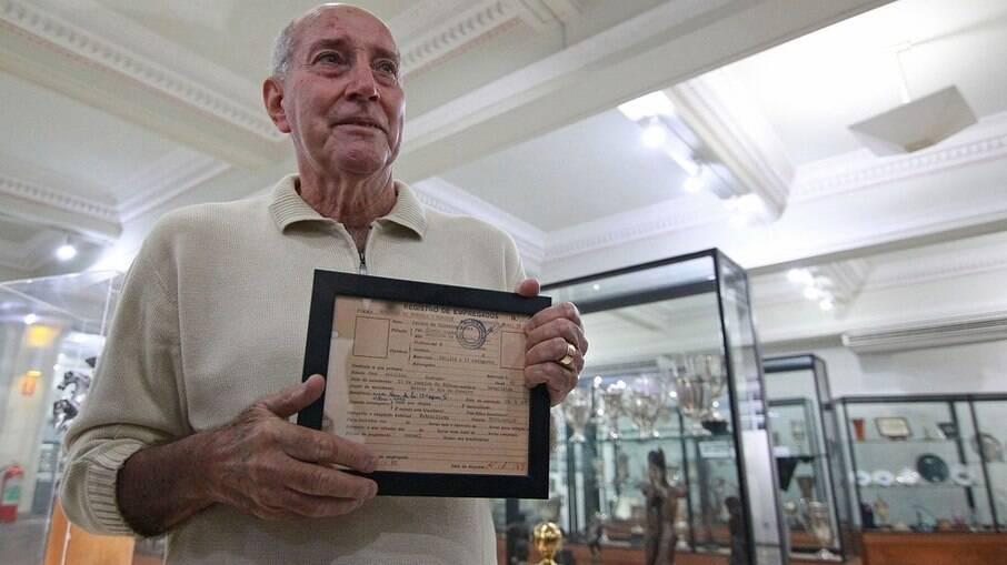 Gerson foi campeão da Pequena Taça do Mundo pelo Botafogo