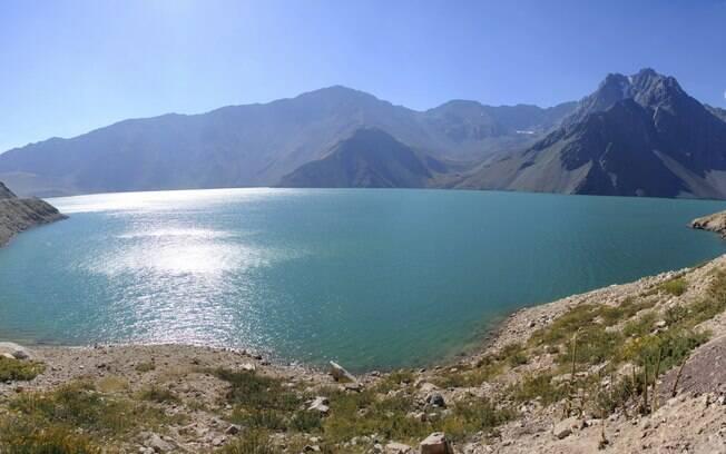 Aproveite a proximidade de Santiago com a cordilheira dos andes para desfrutar da paisagem