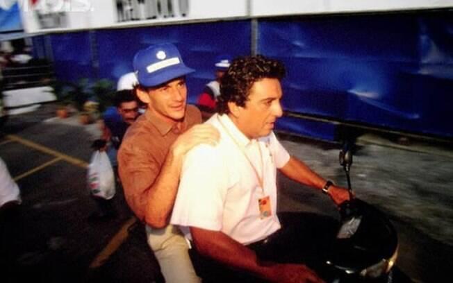 Galvão Bueno lembrou de causos com Ayrton Senna em entrevista ao canal oficial do ex-piloto no Youtube