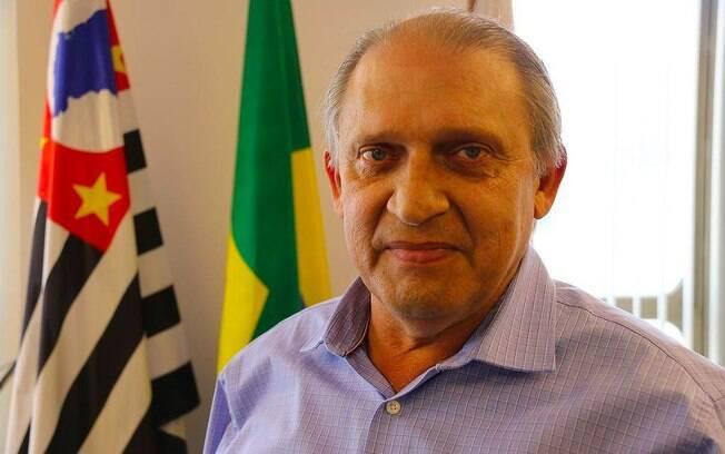 Edson Caram, secretário de transportes, pediu demissão depois de pressão sobre transportes lotados em meio à pandemia
