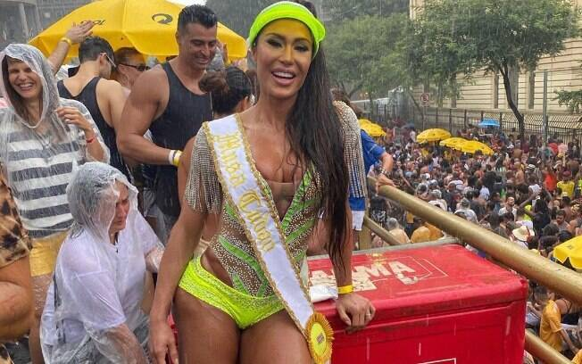 Gracyanne Barbosa no Bloco do Bar Brahma