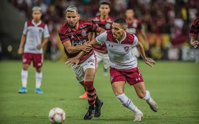 Fluminense e Flamengo duelam na final da Taça Rio nesta quarta