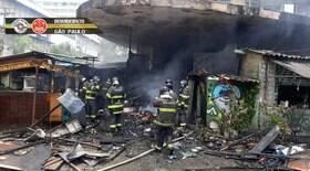 Incêndio em São Paulo atinge imóveis no bairro do Cambuci