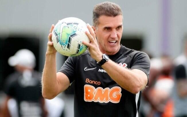 Mancini falou sobre situação de Davó, emprestado pelo Corinthians ao Guarani