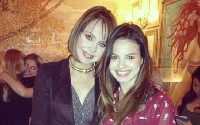 """Sthefany Brito tietou a atriz venezuelana famosa por interpretar Paola Bracho em """"A Ursupadora"""", Gabriela Spanic"""