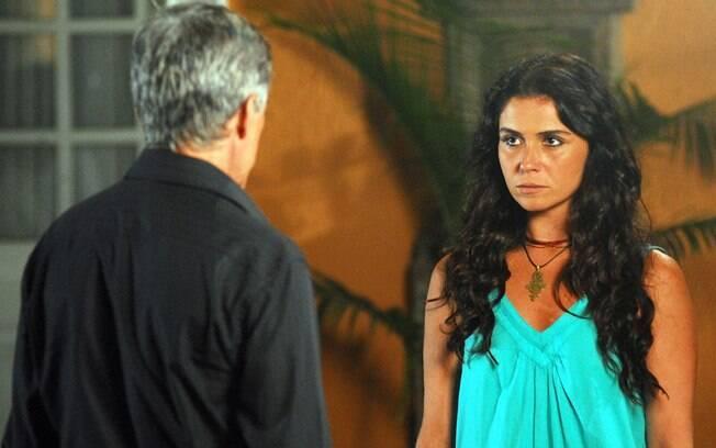 Dora (Giovanna Antonelli) encara Marcos (José Mayer) em